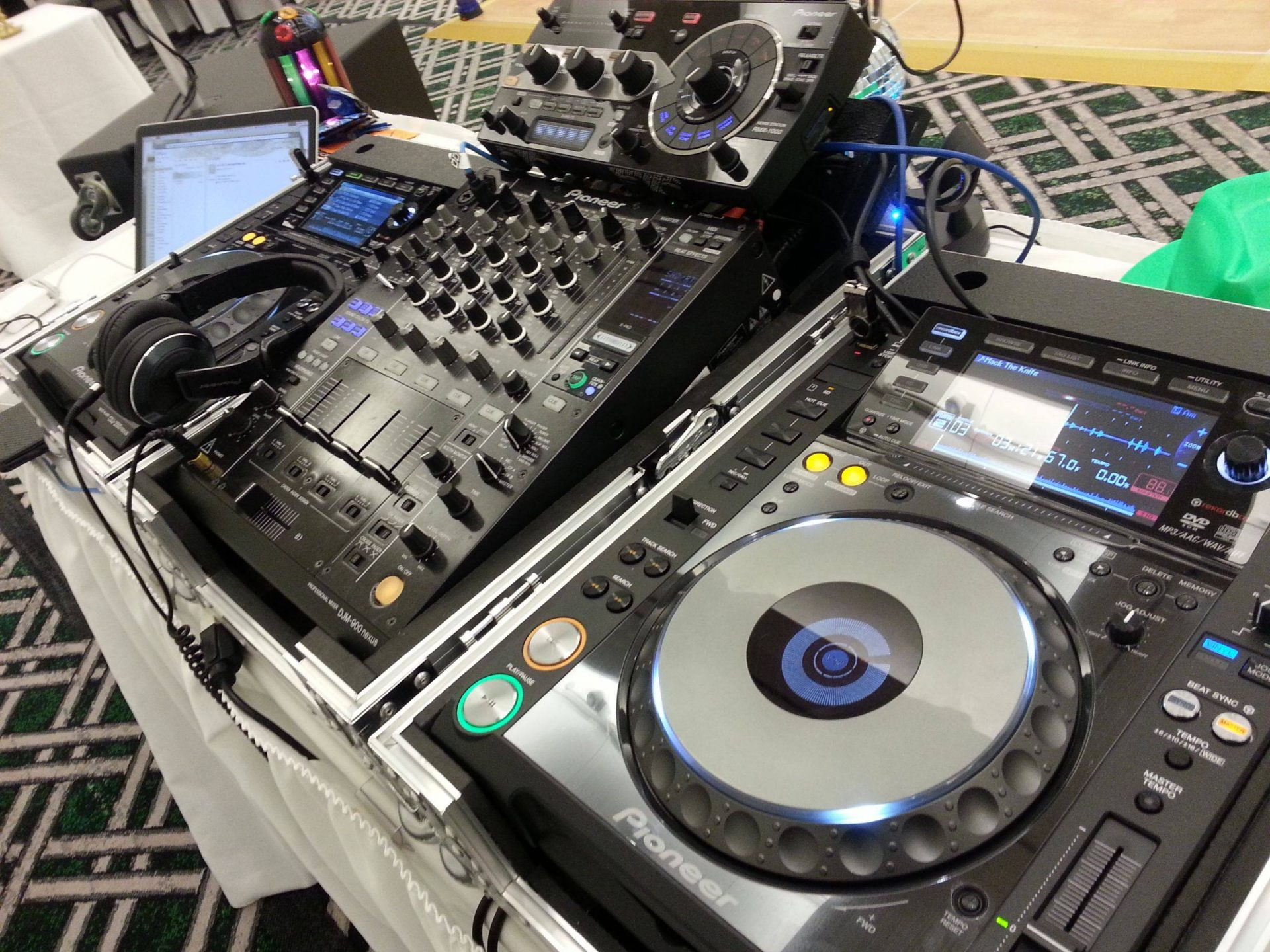 Top 5 DJ Setups (According to Reddit's /DJSetups) - BPM Supreme