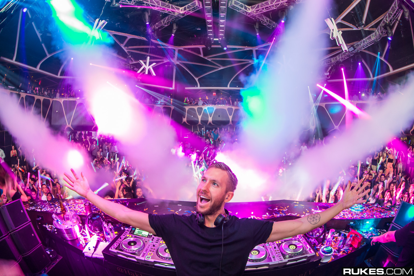 Forbes Announces the 12 Top Earning DJ's of 2016