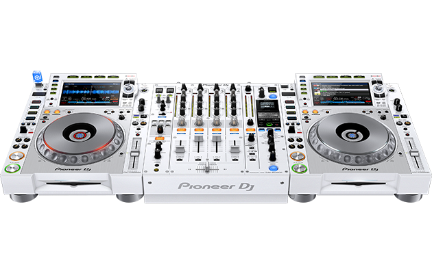 CDJ-2000NXS2-W and DJM-900NXS2-W set up