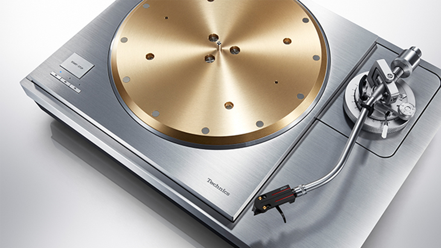 Technics SP-10R Turntable Will Make You (And Your Wallet) Shed a Tear