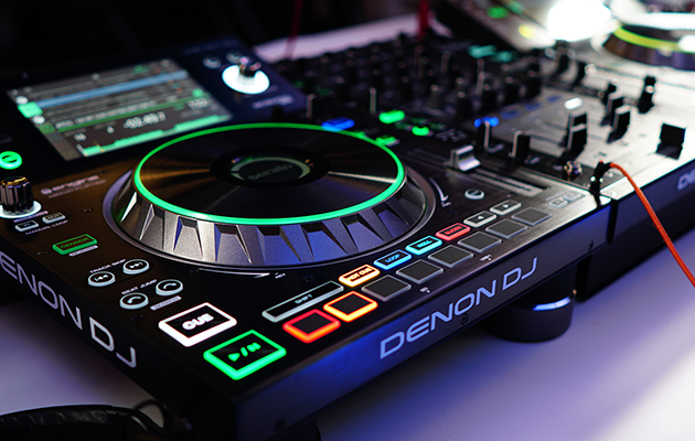 Denon DJ Buys SoundSwitch Promising Even More Exciting Live